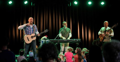 Fergeteges gyereknap – Alma Együttes koncerttel